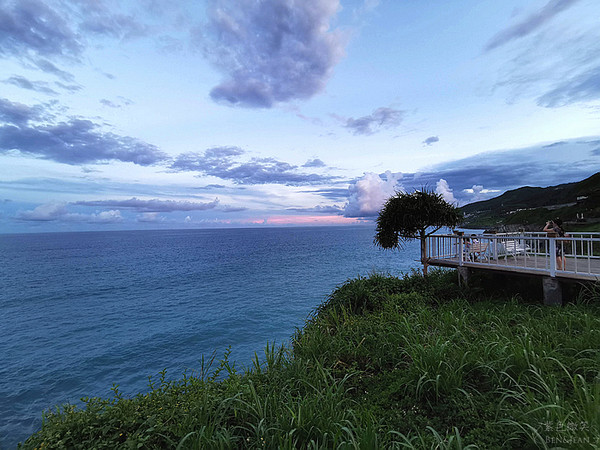 海崖上的私房海產店!眺望蔚藍太平洋 必點龍蝦、炸小卷彈牙鮮甜