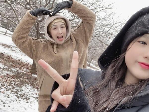 不只大女兒超正!鍾麗緹12歲二女兒「甜美自拍」曝光 網驚豔:她最美