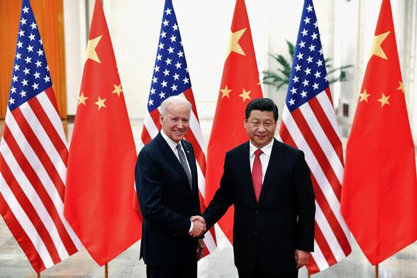 ▲▼習近平與拜登2013年在北京會面。(圖/路透)