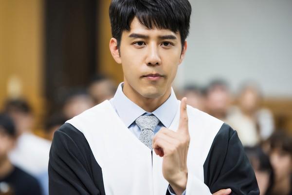 胡宇威「法律界天才」快嘴辯論!葉星辰追男衝入淋浴間