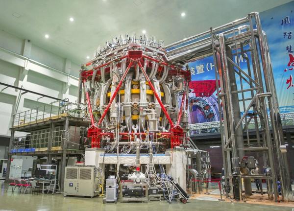 Re: [新聞] 中國新「人造太陽」首次放電 中核:核聚