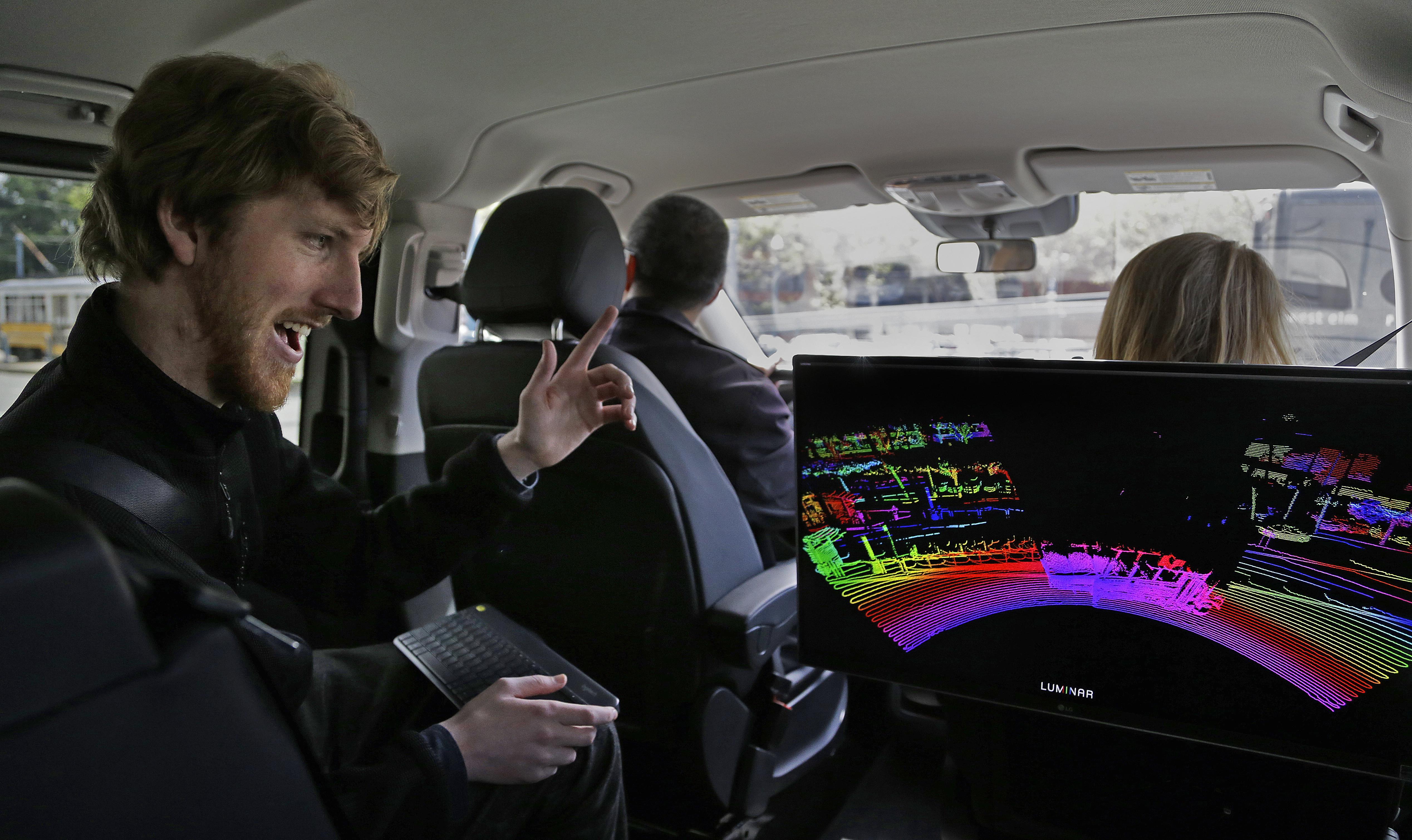 ▲▼美國25歲青年羅素創立公司研發自動駕駛技術。(圖/達志影像)