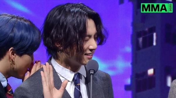 MMA/BTS再拿「年度歌曲」柾國呼喊:ARMY尖叫聲!1.5hrs五獎入袋