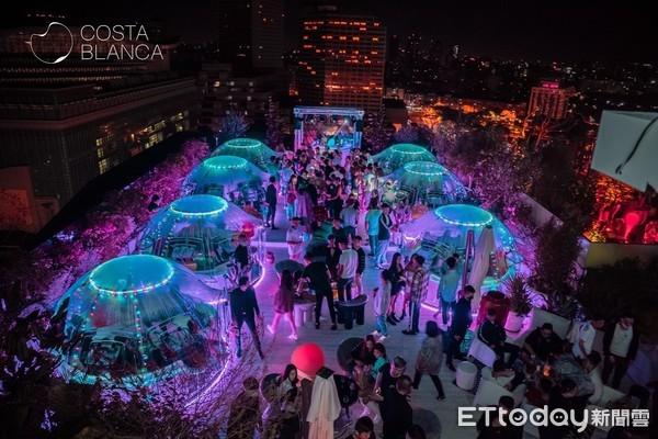 純白地中海風+泡泡屋 Costa Blanca打造新「信義最美高空酒吧」