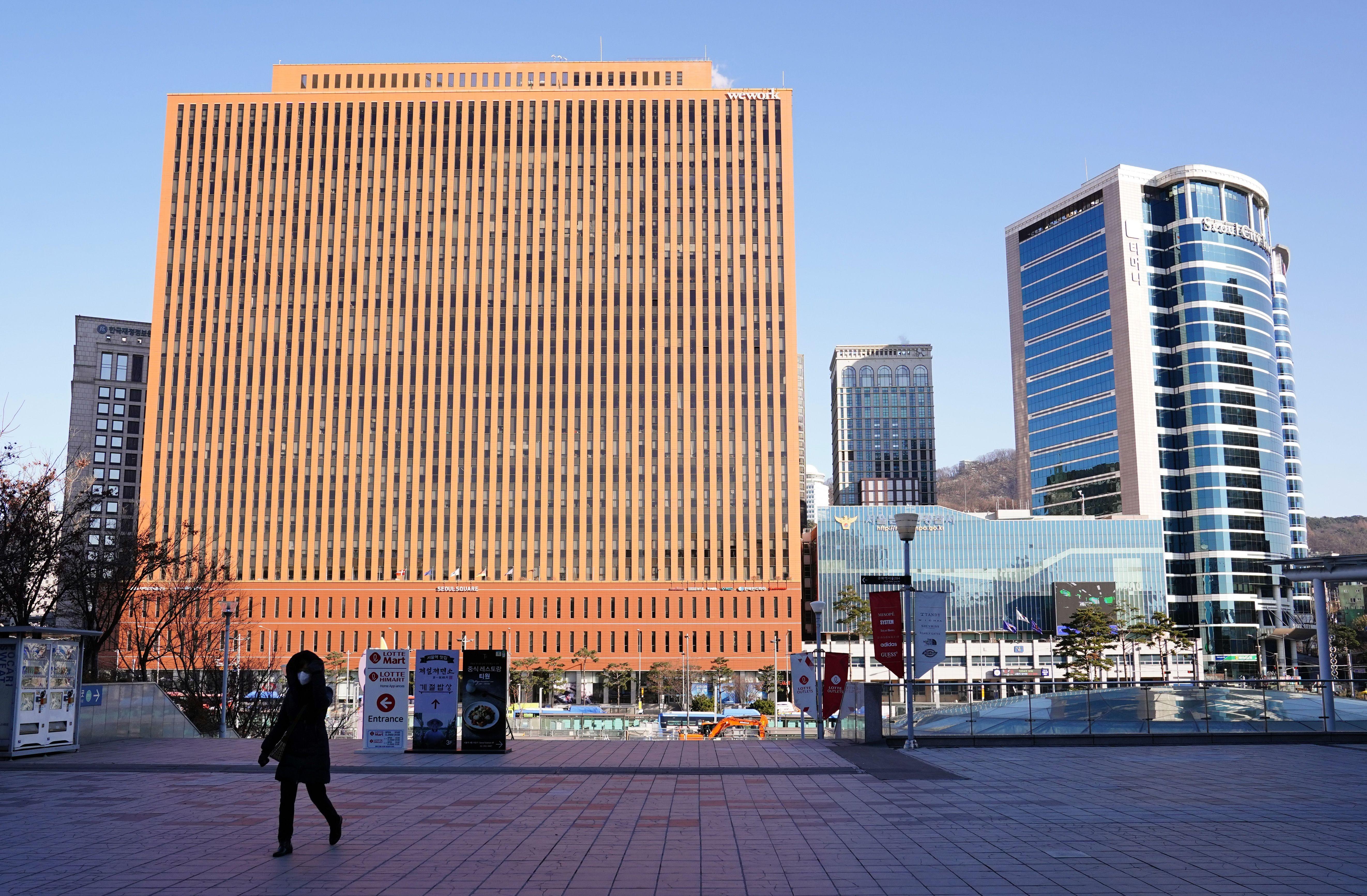 ▲▼南韓新冠疫情嚴峻,首爾單日新增首度突破400例。(圖/達志影像)