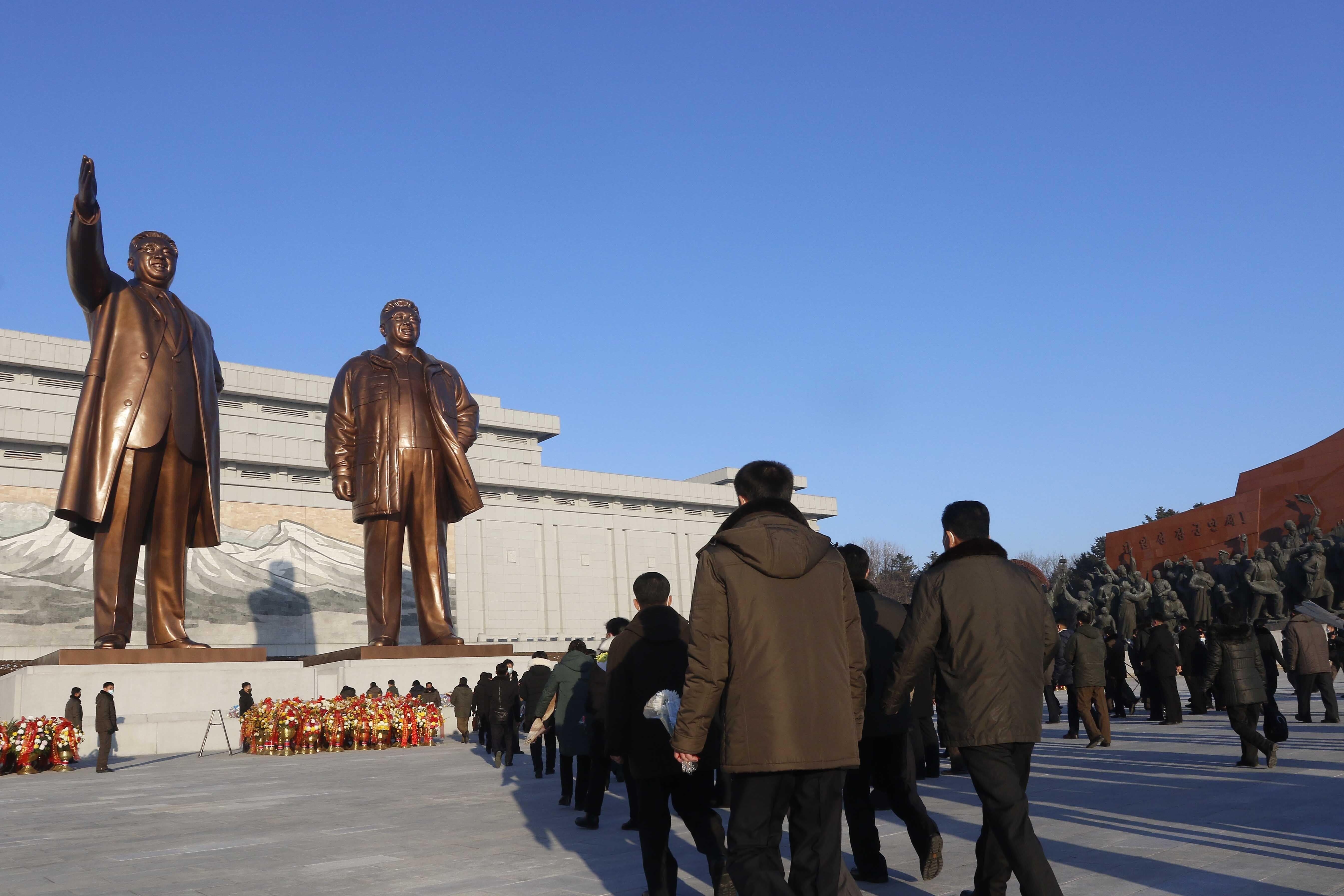 ▲▼北韓嚴格控制人民思想,禁止接觸所有國外反革命、反共和國的內容。(圖/達志影像/美聯社)