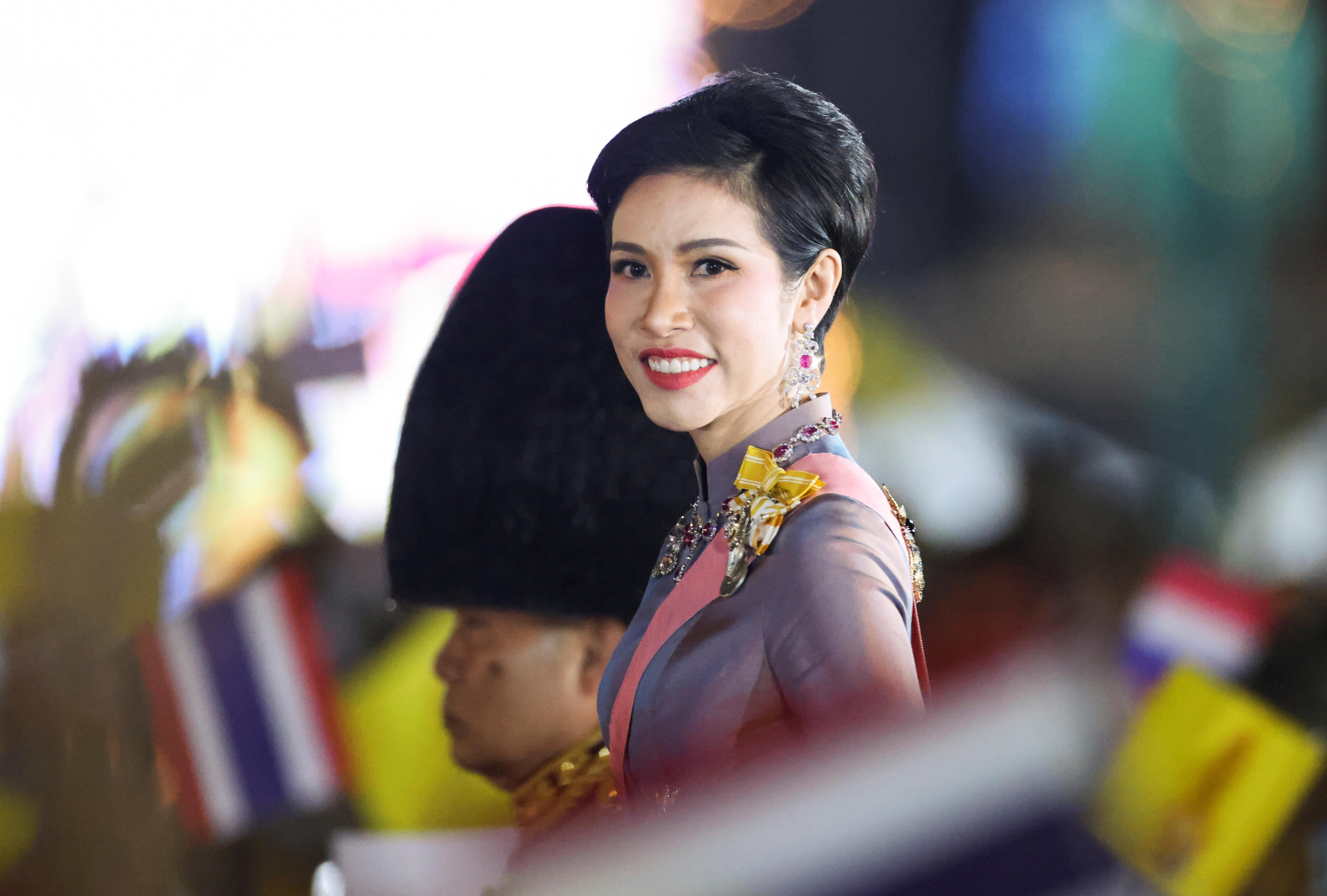 ▲▼  泰國王室「貴妃」詩妮娜(Sineenat Wongvajirapakdi)。(圖/路透)