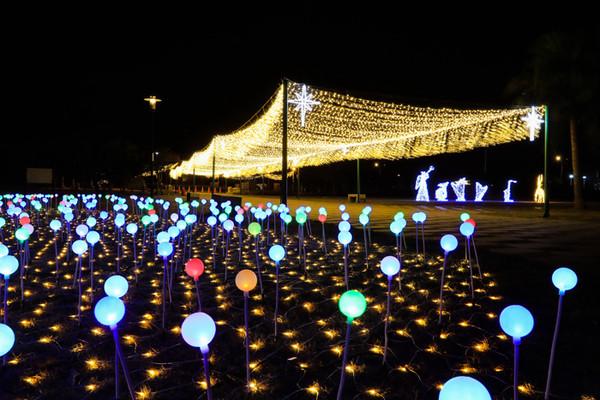 金門夜晚新景點!石雕公園有彩色大地星河 摩天輪2021春節登場