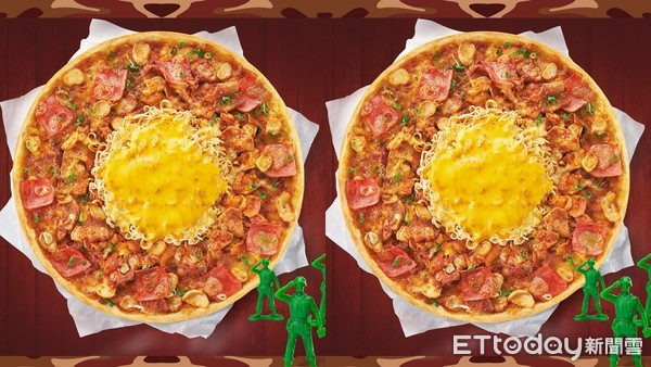 經典配料一次吃!必勝客打造「部隊鍋比薩」 放滿五花肉、韓式泡麵 | ET