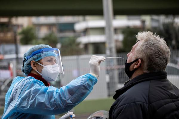 英國逾2179萬人接種第一劑新灌疫苗 新增染疫病故減少