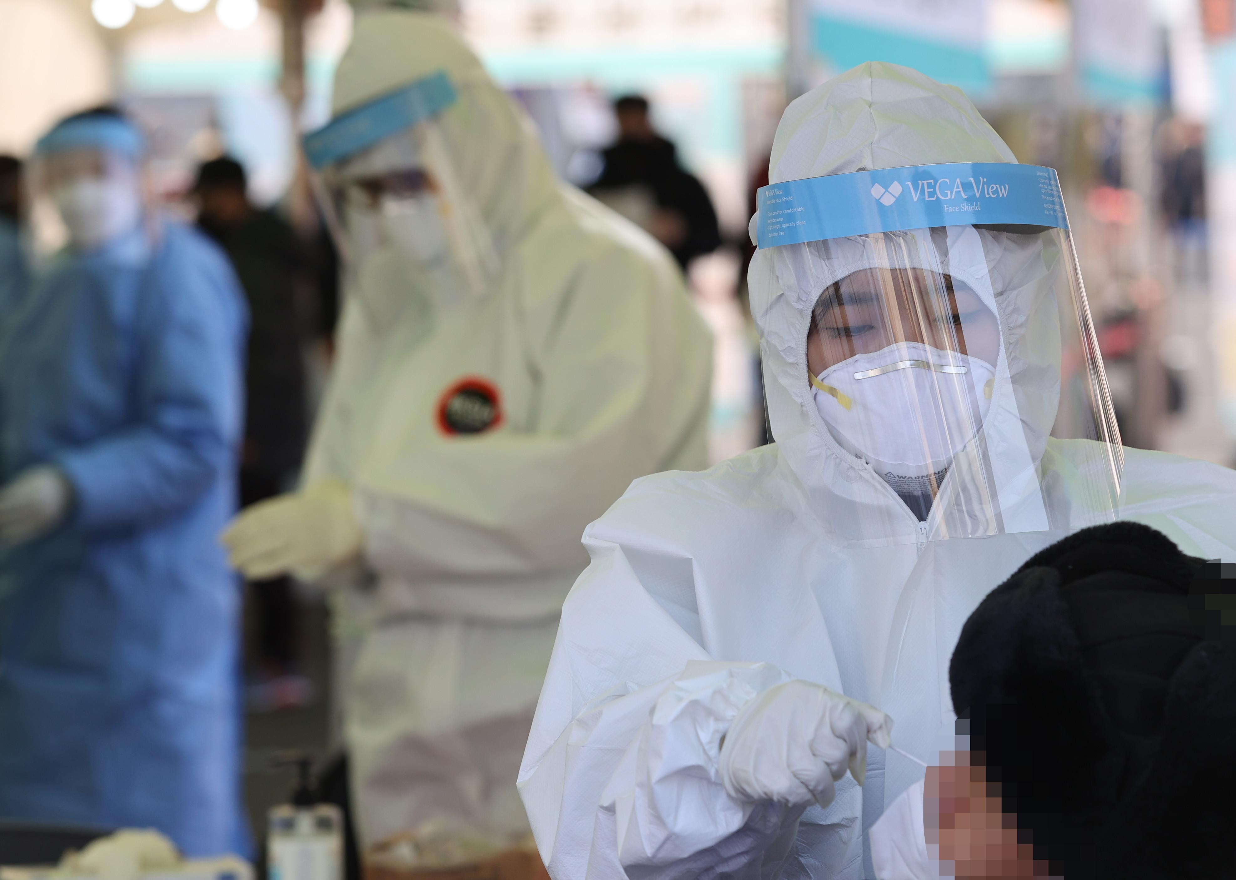 ▲▼南韓新冠肺炎疫情慘重,醫療資源分配嚴重吃緊。(圖/達志影像)