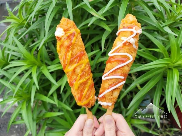 宜蘭隱藏版餐車有「韓式爆漿起司熱狗」 超長牽絲還能吃脆薯黑虎蝦