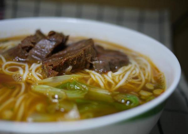 美食家費奇推薦 台北5家非吃不可牛肉麵