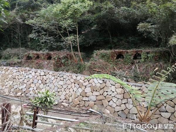 新北保存古老文化建築遺址 三峽安坑里鹿母潭溪整治