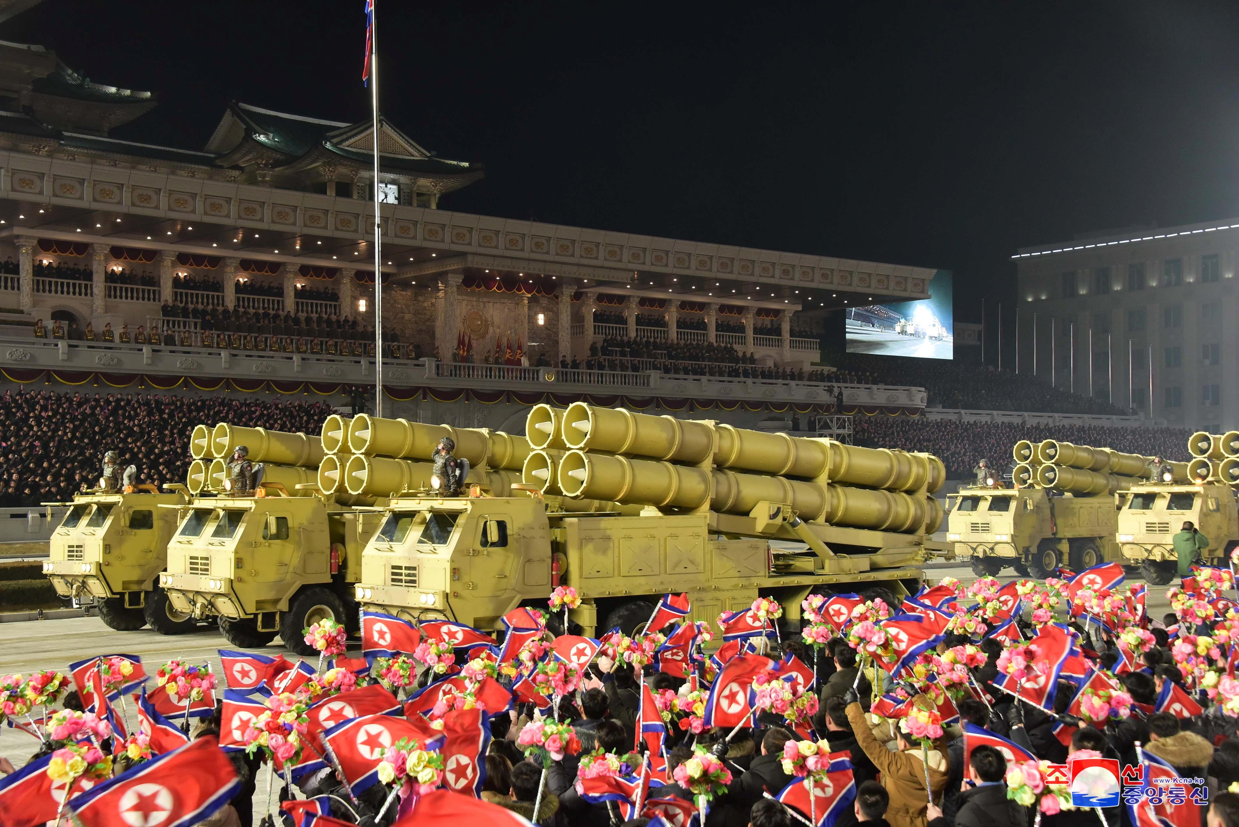 ▲▼北韓公開彈道飛彈「KN-23」等戰略武器(圖/路透社)