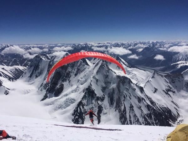 差400米攻頂K2!台灣「無氧爬8000m高山」第一人:盼台人大膽邁進
