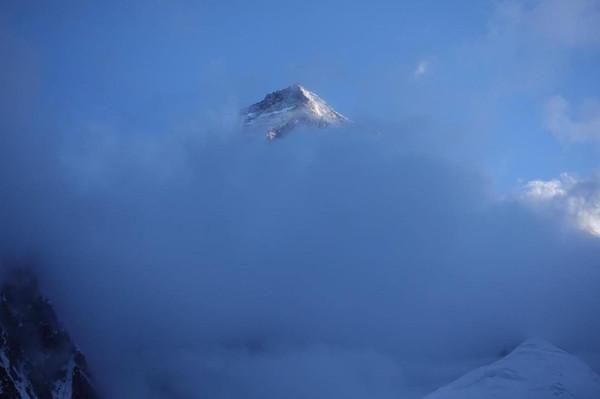 登山家跌落深谷…GPS紀錄「大墜落」 冬季攻頂失敗命喪K2峰