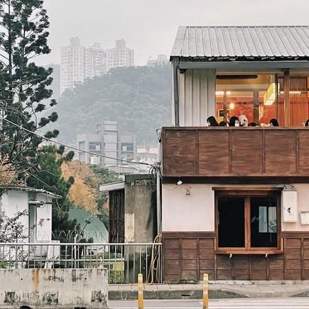 新店「京都風咖啡館」3/31開幕!晚上看碧潭水舞、星光草皮 | ETto