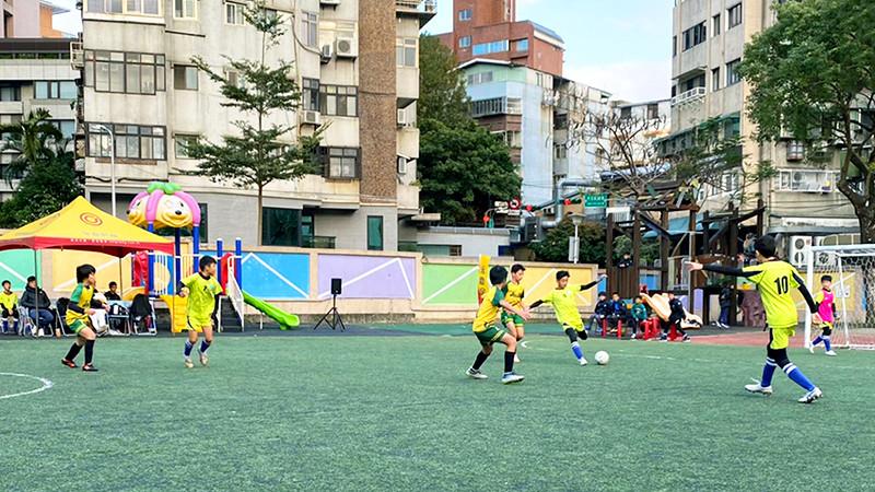 永慶房屋挺公益! 連續6屆贊助天母盃足球賽 | ETtoday財經雲 |