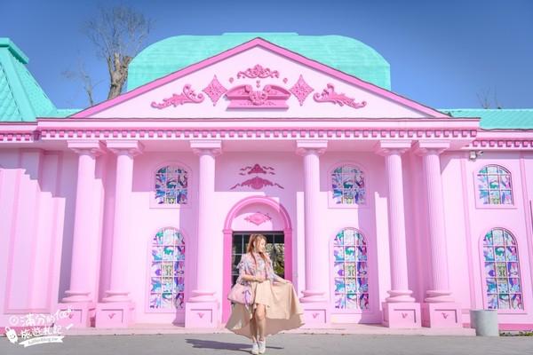 少女心大爆發!彰化超夢幻粉紅教堂 還能秒飛紐西蘭賞精靈哈比屋 | ETt
