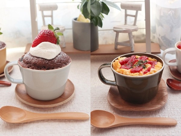 全都只需要一個杯子!3分鐘完成草莓巧克力蛋糕 還有好吃蛋捲飯  | ET