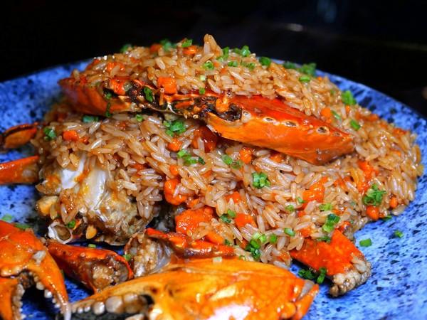 連3年獲米其林3星!台北人氣中餐廳 整隻沙母精華煨入飯超邪惡 | ETt