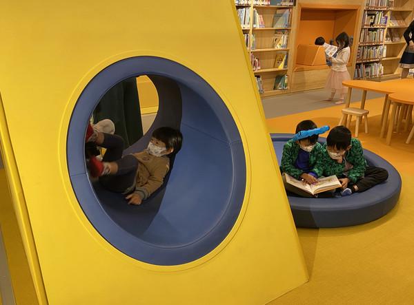 ▲▼國立臺灣文學館歷經1年空間調度,原先的兒童文學書房變身為「文學樂園」,「圖書室」也同步在2月2日開幕。(圖/國立臺灣文學館)