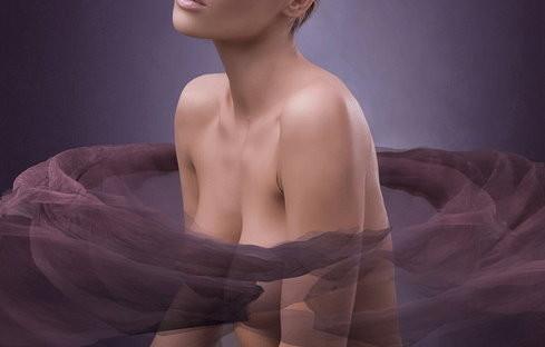 女性美胸第一名「水滴奶」最夯 侧面坡度美翻