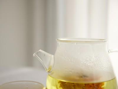 戒掉奶茶,改喝「素顏水」!喝完肌膚白裡透紅 整個人都年輕10歲