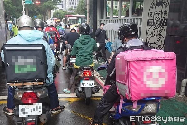 新型餐飲業興起 蘇貞昌指示加強管理網購、外送平台 | ETtoday政治