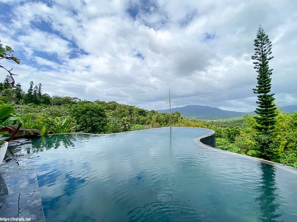 獨享森林無邊際泳池!隱藏版峇里島風Villa 透明浴廁泡澡看星空