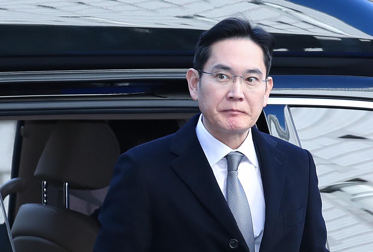 ▲▼李在鎔獄中服刑,將被解除三星生命公益基金會理事長一職。(圖/CFP)