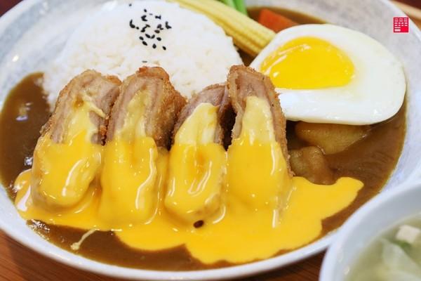 全麥涼麵+酥脆多汁唐揚雞!高雄隱藏版美食 還有爆漿起司炸豬排 | ETt