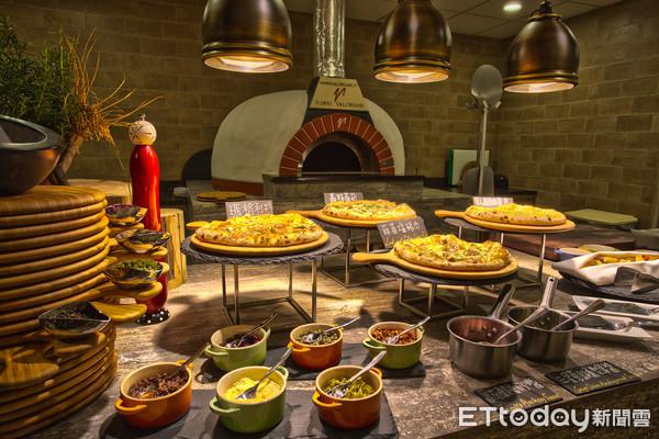 台中飯店吃到飽「三人同行一人免費」 4/16前每週限定2天 | ETto