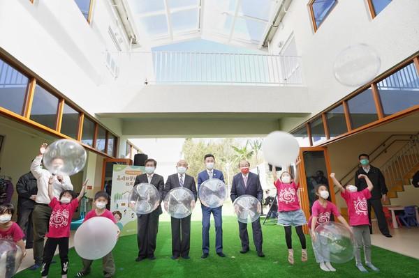 高峰非營利幼兒園啟用 院長蘇貞昌與市長林智堅同見證 | ETtoday地