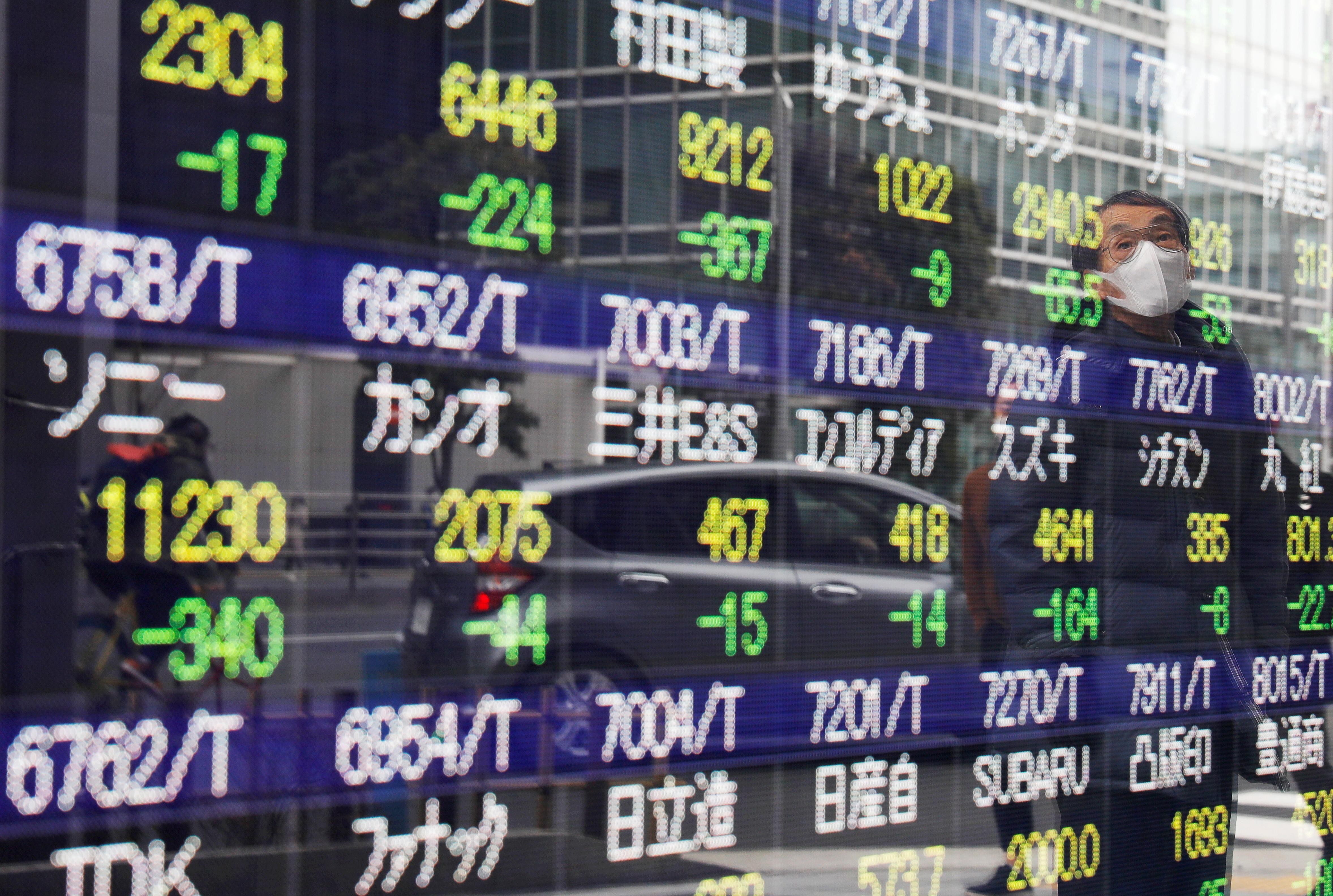 ▲▼日股上周五大跌近4%,今天展開反攻。         。(資料照/路透)