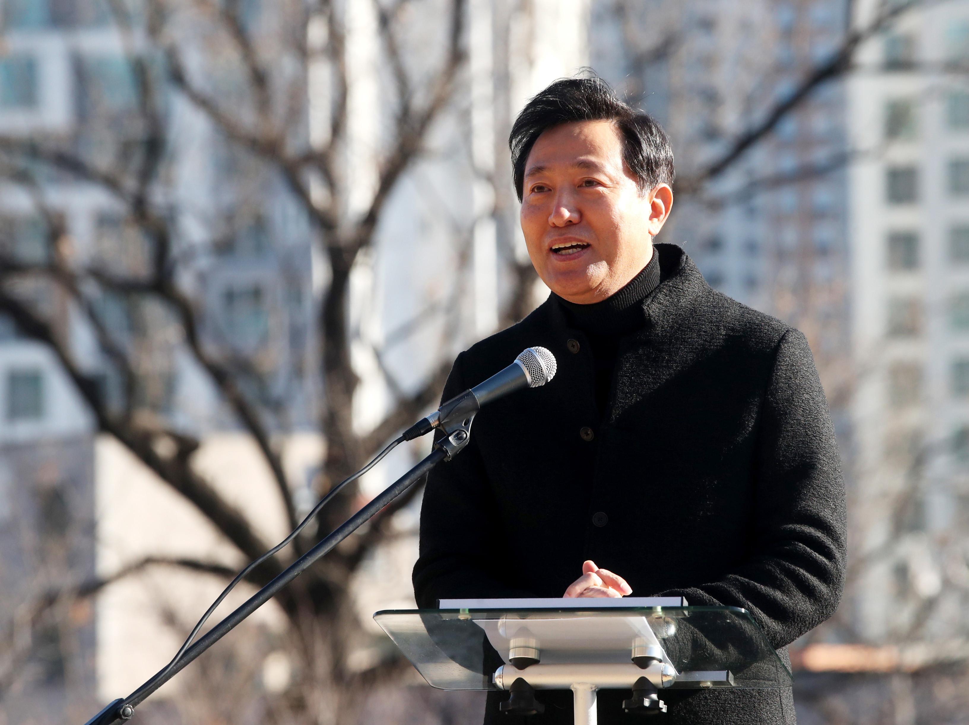 ▲▼吳世勳曾於2011年自行辭去首爾市長一職,如今再度參與黨內初選。(圖/達志影像)