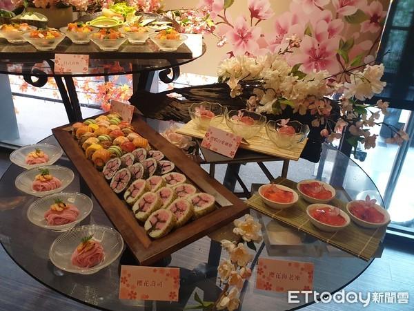 搶攻3月淡季 星級飯店春宴「第3人免費」...櫻花Vs.春茶比創意 |