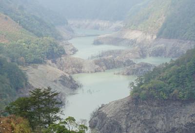 中部人擔心!德基水庫蓄水只剩4.8% 水利署:短期限水不會更嚴