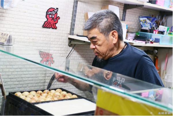 來自日本的味道!饒河夜市隱藏版章魚燒 外酥內嫩咬下會爆漿   ETtod