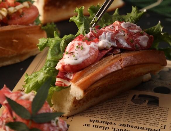 波士頓龍蝦吃起來!大直美食市集27日登場 海鮮控爽吃25攤 | ETto