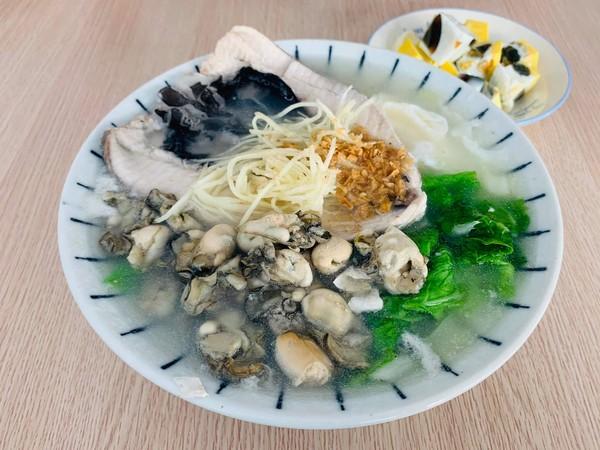 跟上鮭魚之亂!台南市長搭熱潮推銷虱目魚 黃偉哲:最好吃的魚 | ETto