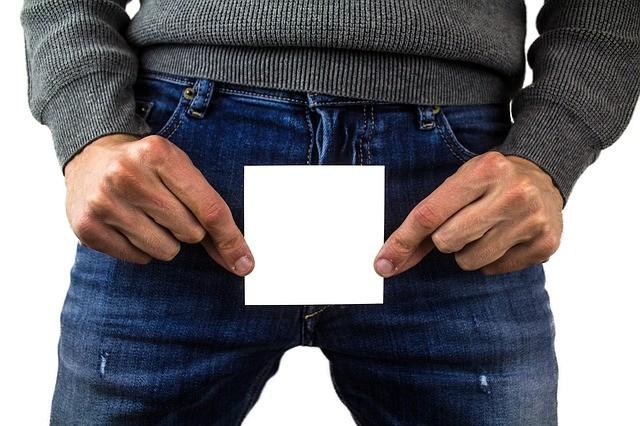 ▲▼美國專家指出,未來男性胎兒陰莖恐怕受化學物質汙染而變小。(圖/取自Pixabay)
