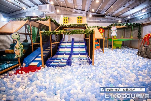 大型球池讓孩子充分放電 爸媽必看的全台10大超人氣親子餐廳 | ETto