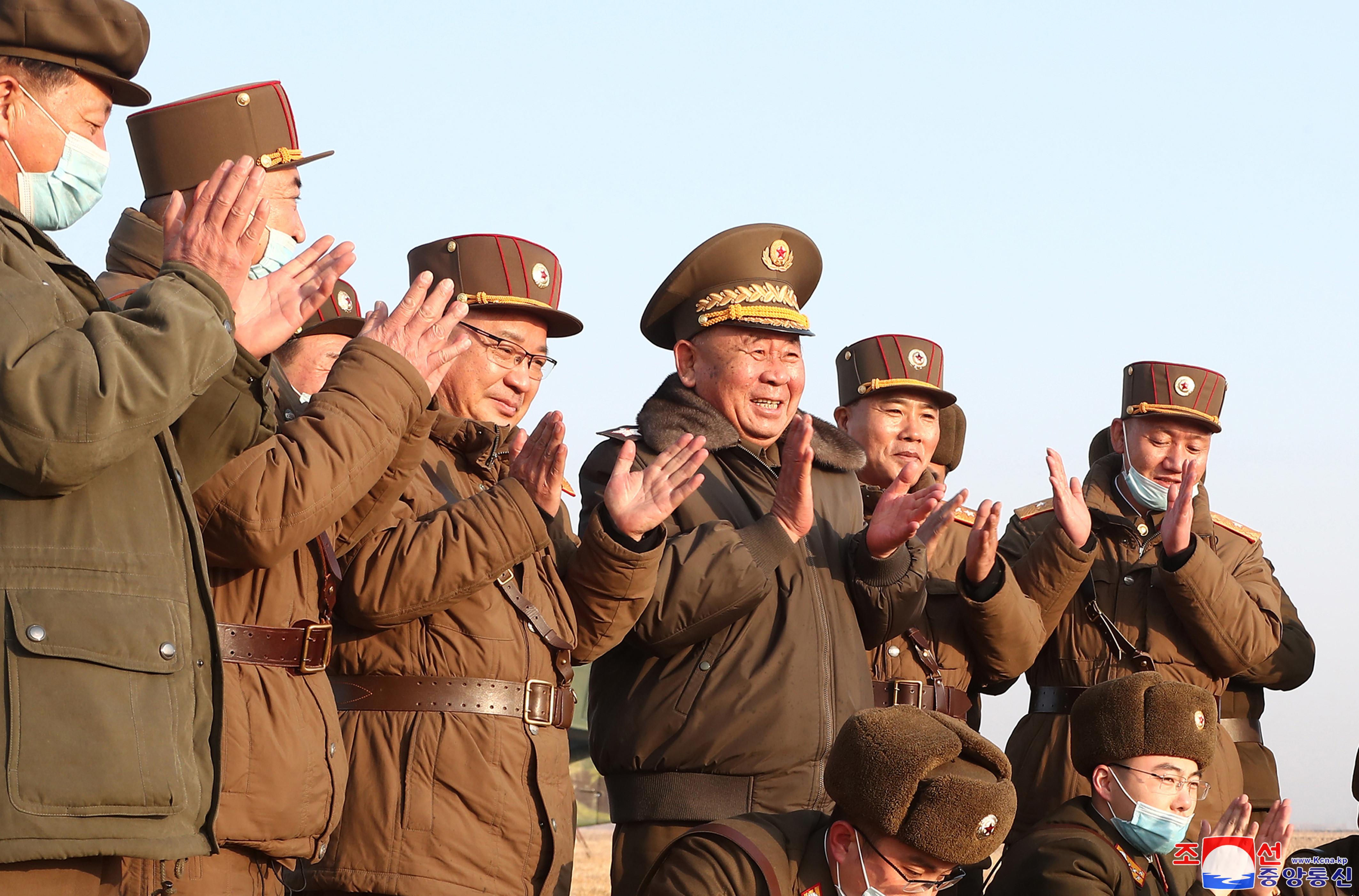 ▲▼此次試射由北韓軍方高層李炳哲指導,金正恩並未坐鎮現場。(圖/達志影像)
