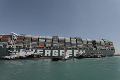 長賜輪脫困「航海王上演慶祝行情!」 長榮斥資造20艘新船搶市