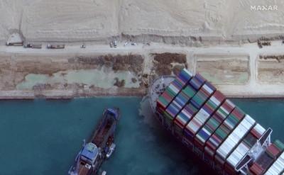 長賜號卡運河「全球損失百億美元」誰賠? 陽明搬出海事法力挺長榮
