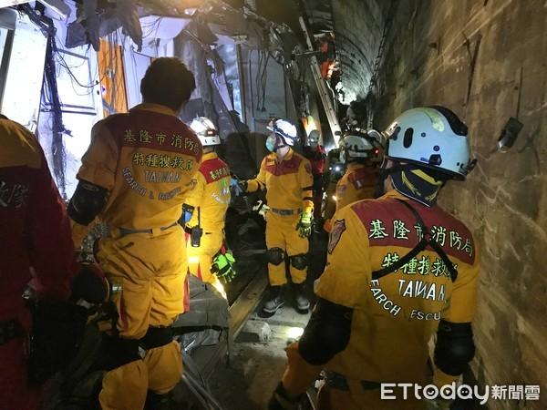 救難英雄辛苦了!基隆消防促進會慰勞21名救災特搜人員 | ETtoday