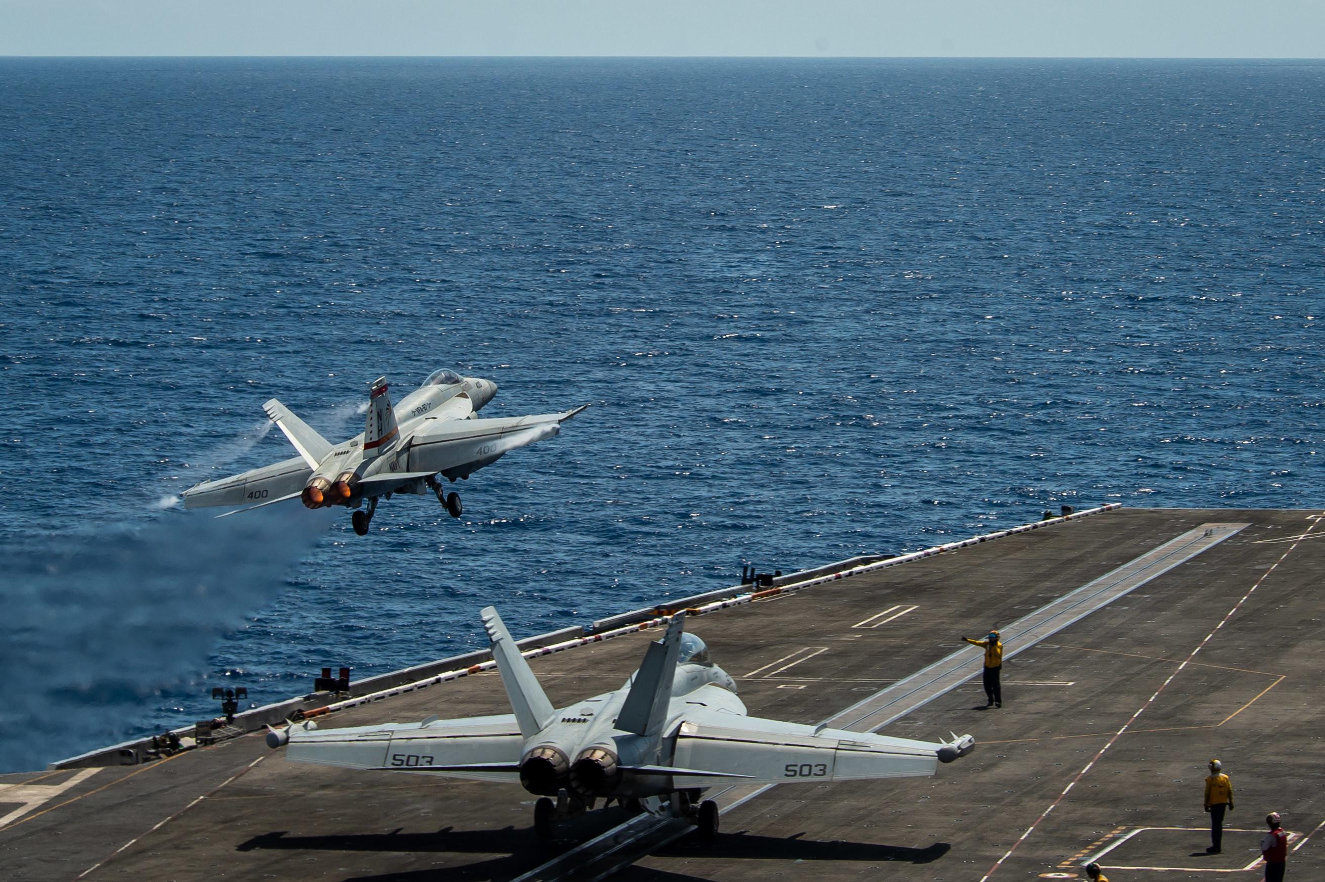 航空母艦,美中關係,南海,羅斯福號戰鬥群,第七艦隊,反艦飛彈,神盾艦,標準三型飛彈