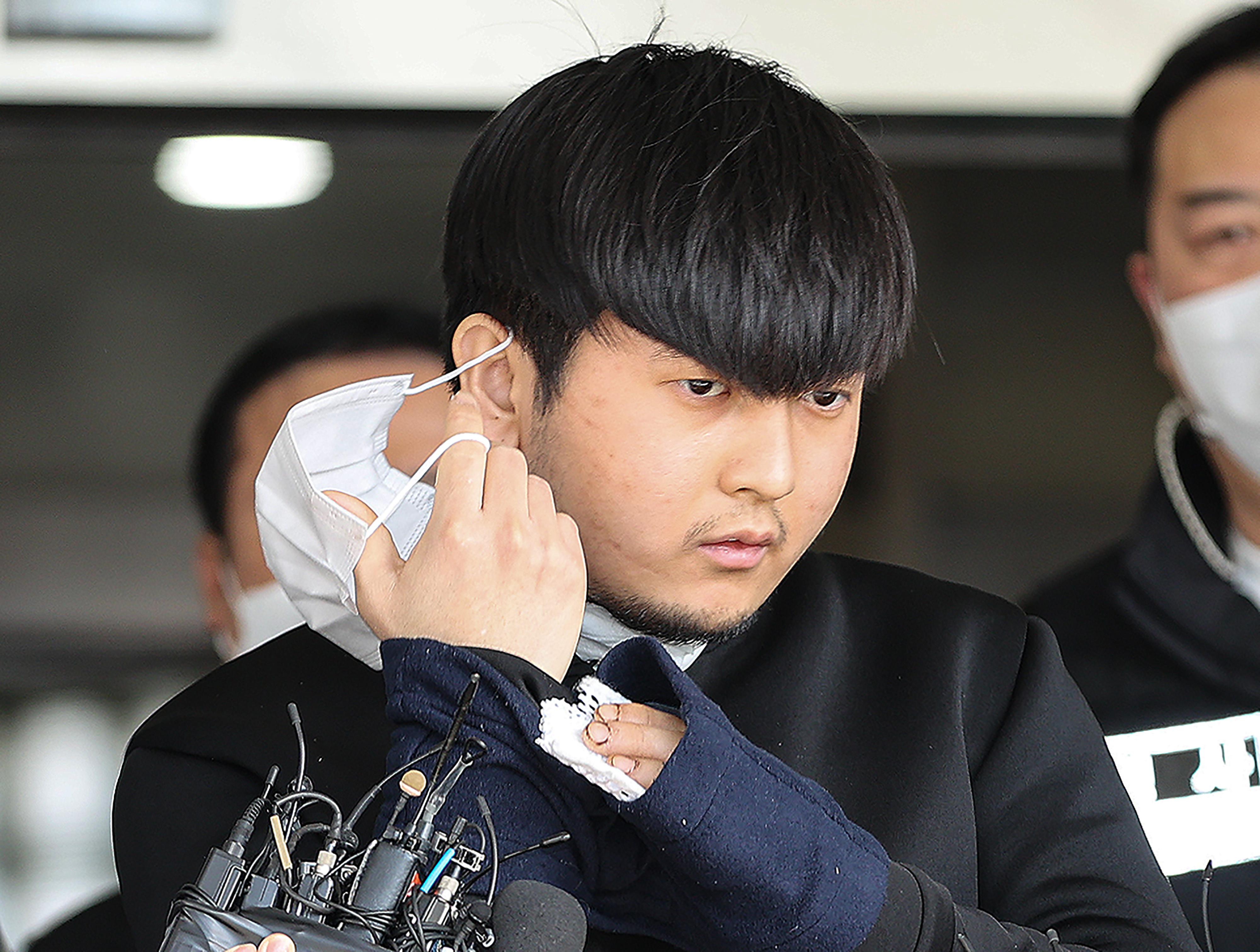 ▲▼「宅男」殺人魔金泰賢9日移送首爾北部地方檢察廳。(圖/達志影像)